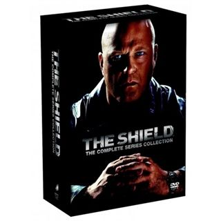 The Shield Complete Box